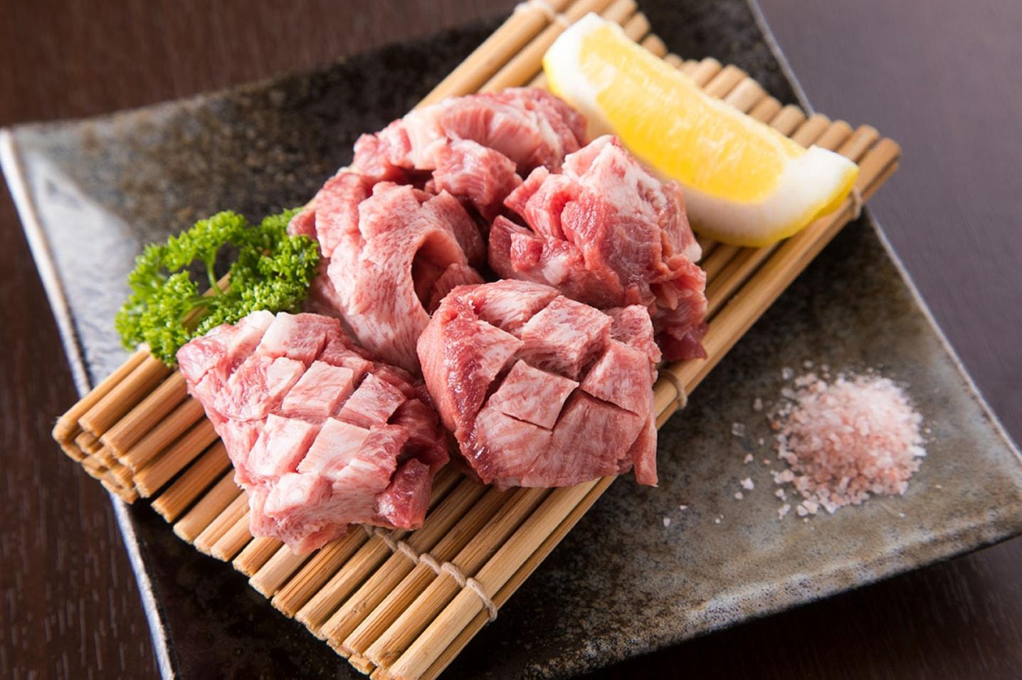 お肉もホルモンもすべて近江牛
